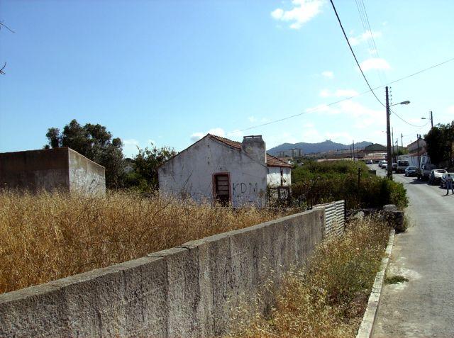 Casa, Arrecadação, estrada de acesso e Serra de Sintra